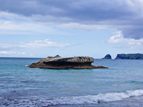 cathedral-cove-nz-8.jpg
